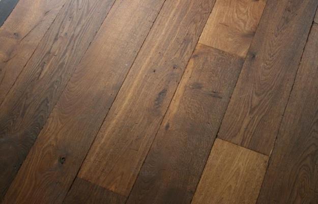 Dunne houten planken affordable kops en langs massief met tekst